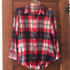 Aerie Red/White/ Blue Plaid Curved Hem Button up